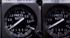 B737のEPR計器